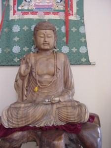 Gotama Buddha found bliss by letting go,  not holding on to thuughts.